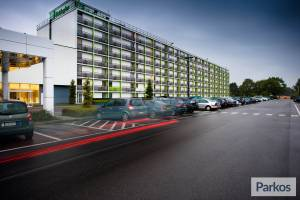 Holiday Inn Brussels Airport (No Shuttle)