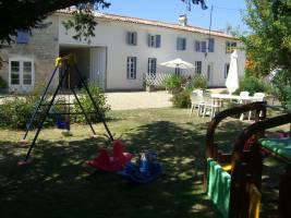 La Bigorre Holiday Cottages - La Ferme (Farmhouse)