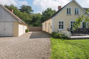 10 Personen Ferienhaus in Kolind