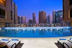 Mercure Dubai Barsha Heights Suites