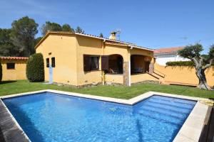 Vakantiehuis in L'Escala met zwembad, in Costa Brava.