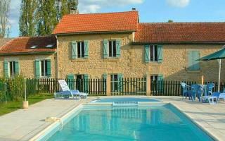 Vakantiehuis in Sauveboeuf met zwembad, in Dordogne-Limousin.
