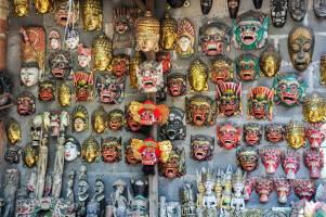 Besichtigung des Hauses der Masken und Puppen in Bali
